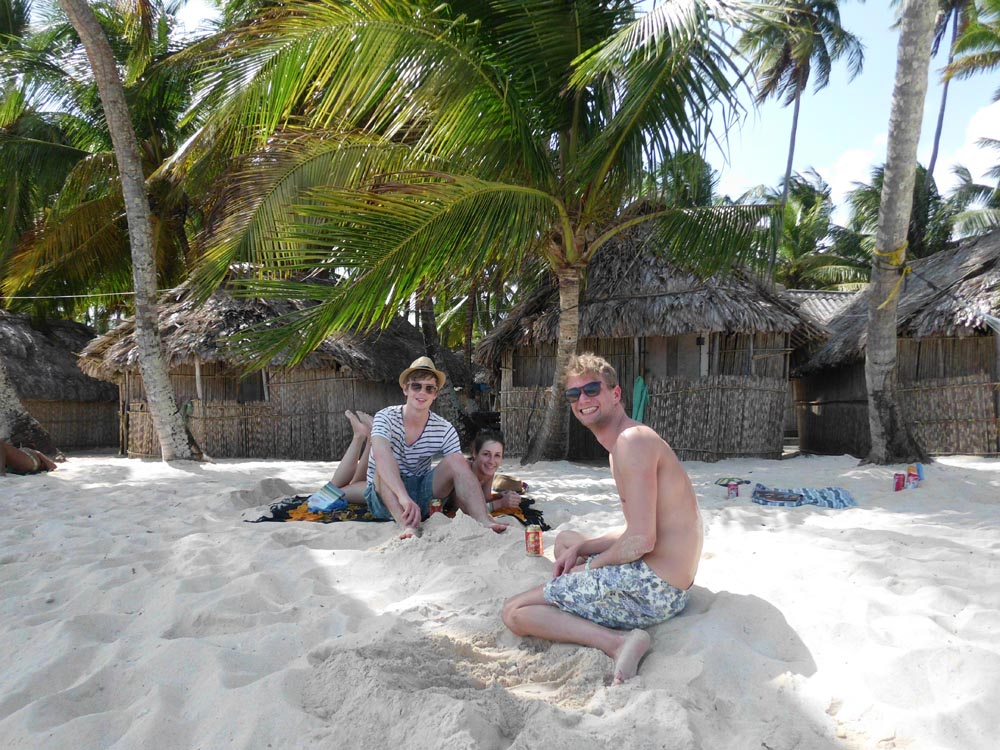 Lay with friends at the white sands of Franklin islands San Blas